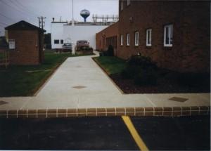 Commercial walkway